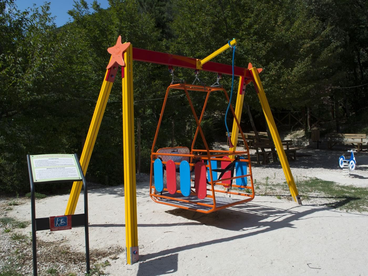 Parco giochi sassovivo per disabili